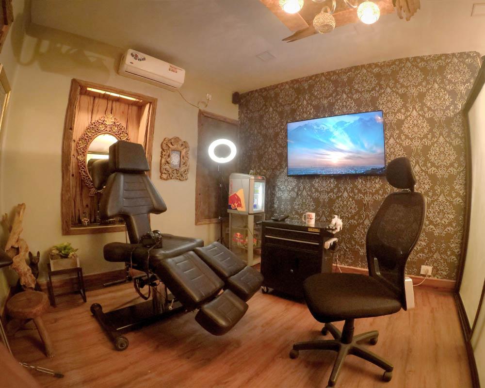 Premium Tattoo Lounge